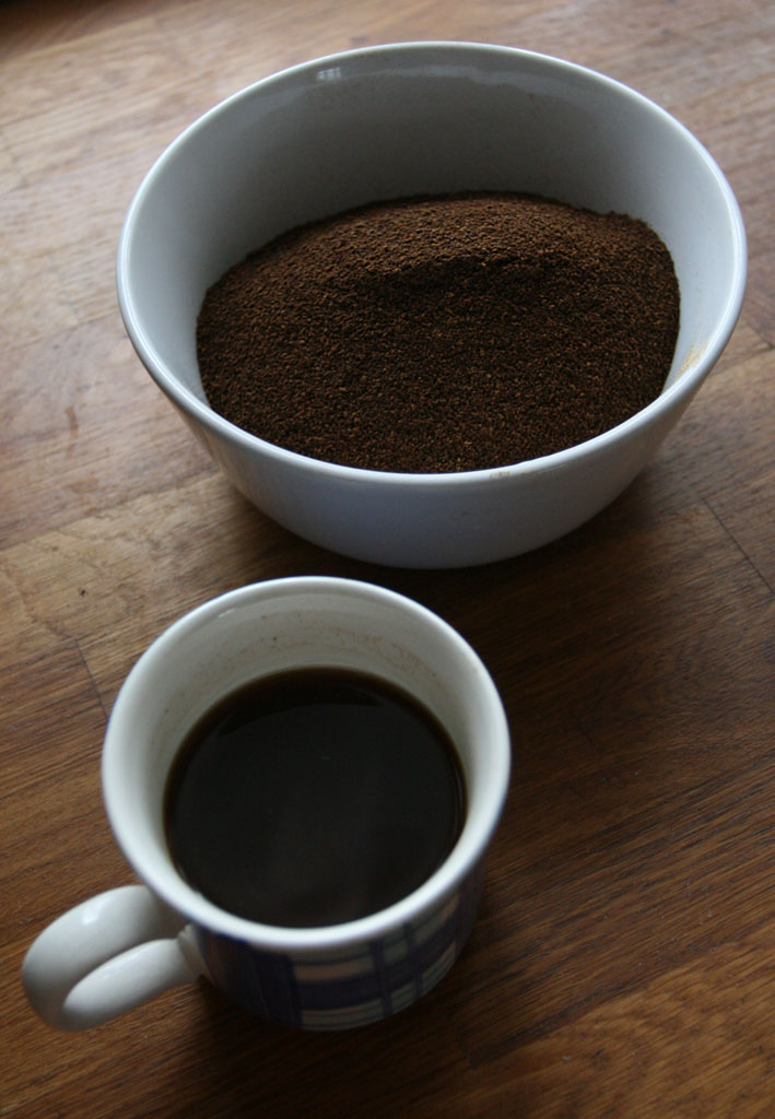 Upražená žaludová káva