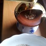 Kávomlýnek zvládne i zrno